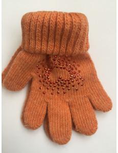 Перчатки зимние оранжевого цвета с узором из страз